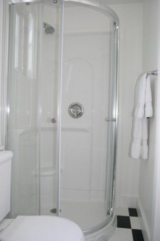 Roomy Shower